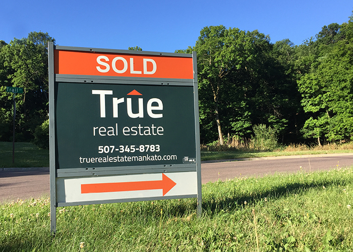 Yard Sign Design Mankato - True Real Estate Yard Signs